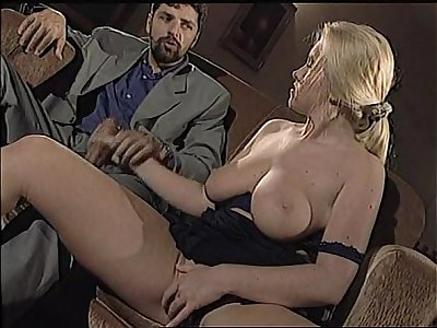 Laura Megan aka Jody Broder aka Kinga Scoszic analized on couch
